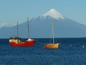 Puerto Varas Criadero de Salmón Chileno