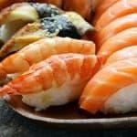 pescado fresco para preparar sushi